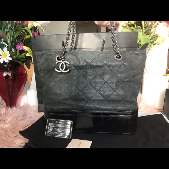 9efa7a26f0f5 CHANEL Bags | Shopping Black Calfskin Leather Tote | Poshmark
